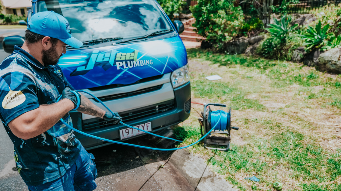 Plumber in Indooroopilly